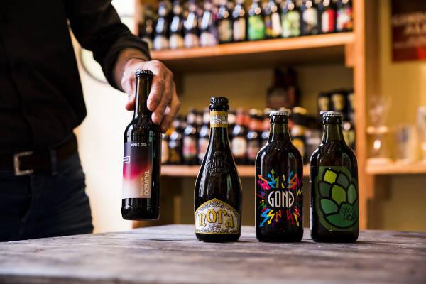 Bierproeverij in de Voorburgse Bierwinkel